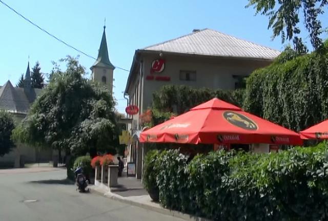 Restaurace Kora a Strong Pub - Ostrava - fotografie 1/3