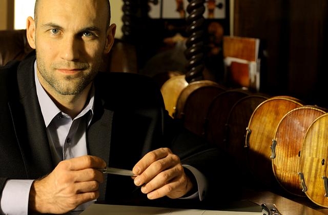 Atelier Paganini - smyčcové hudební nástroje - fotografie 1/15