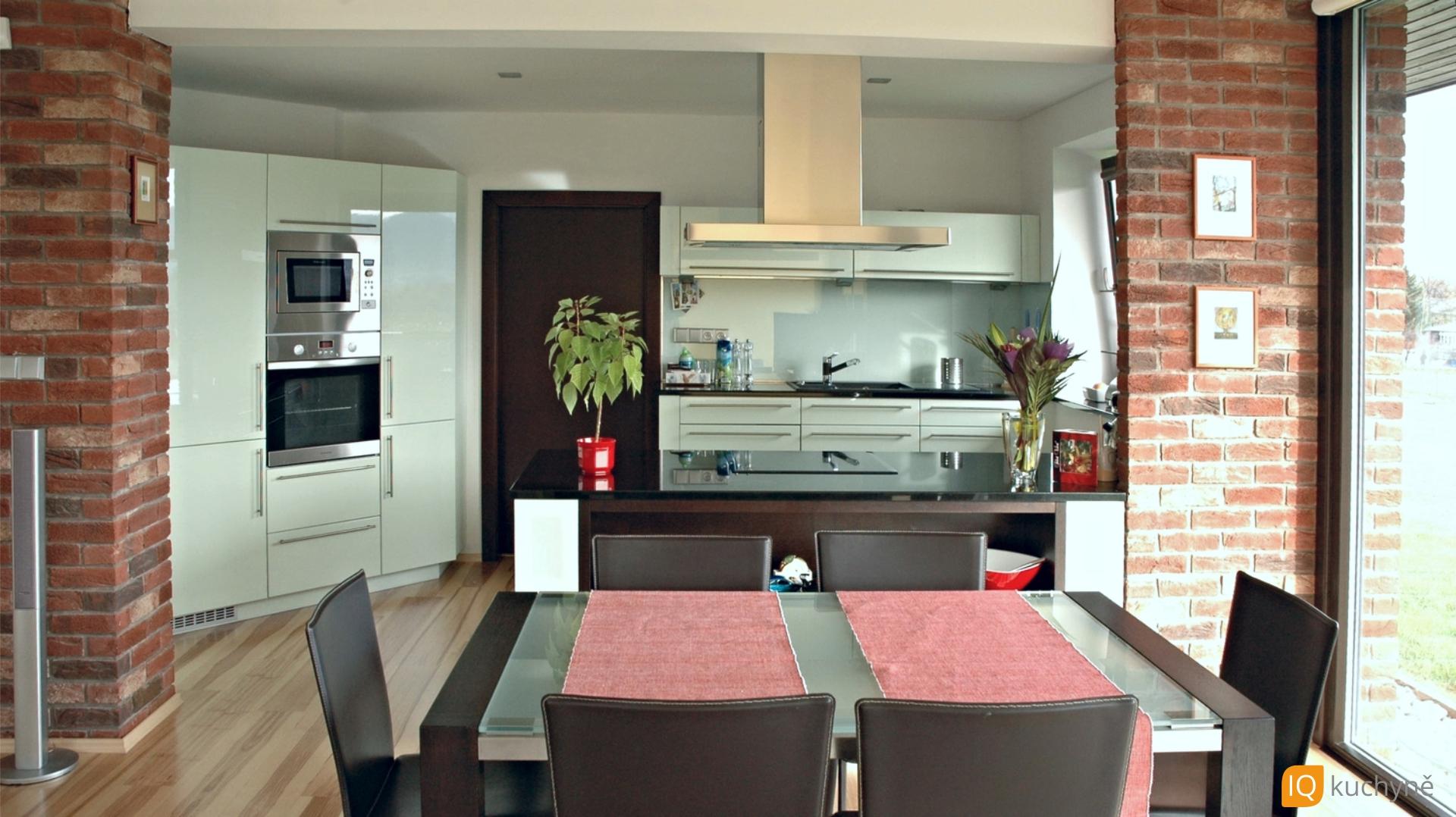 Kuchyň moderna | Cihly + mentol