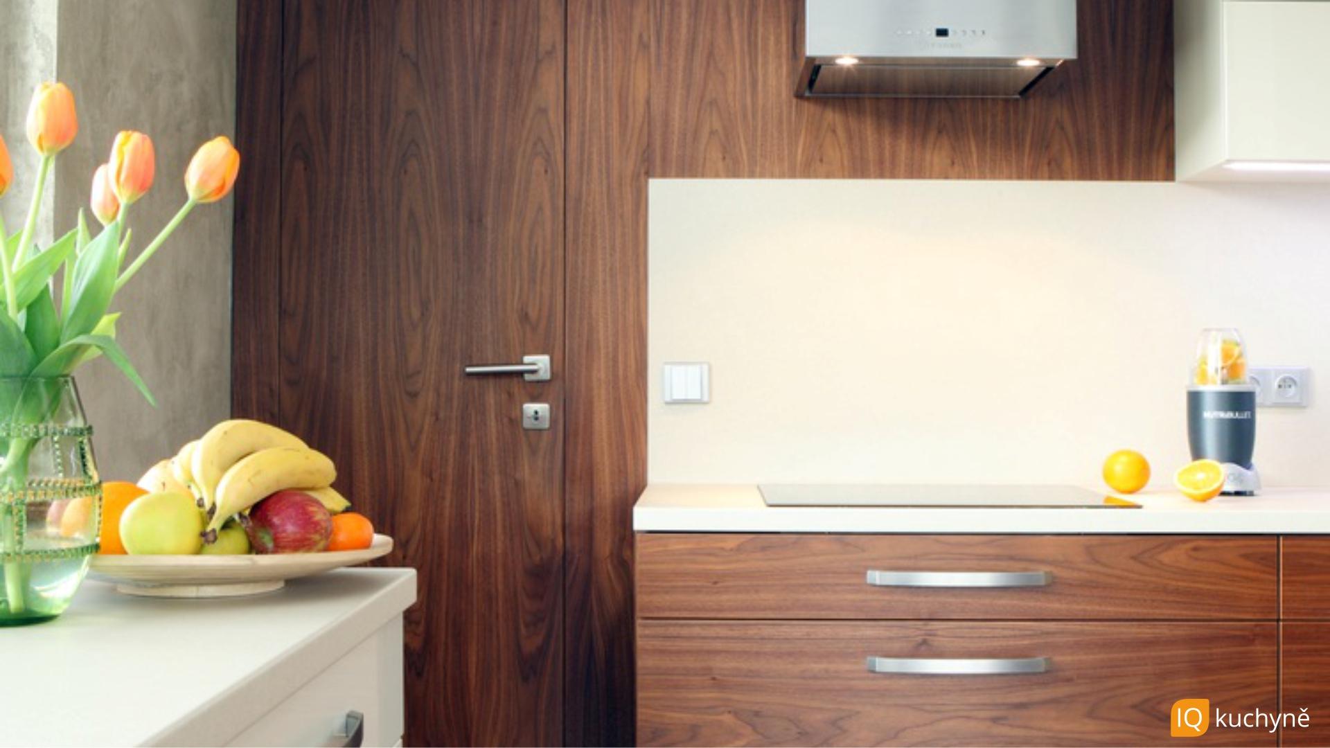 TOP kuchyně | Detail zádveří