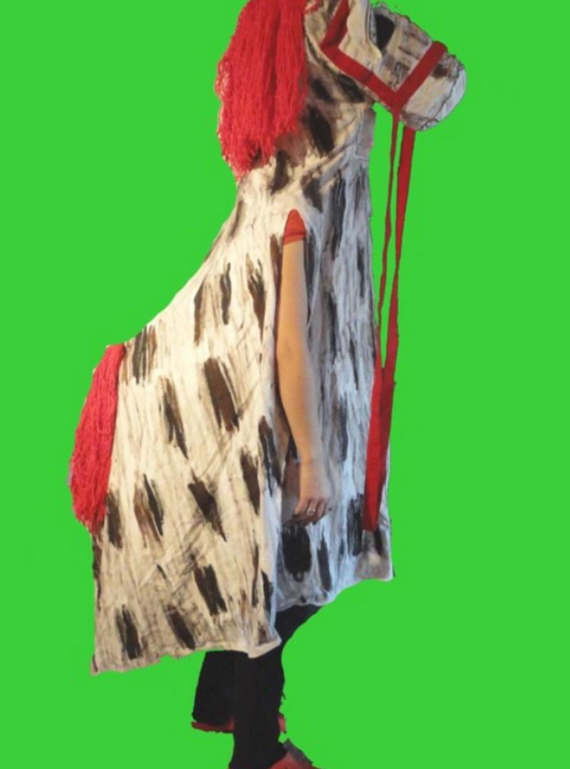 Kostýmy SAXANA - fotografie 3/23