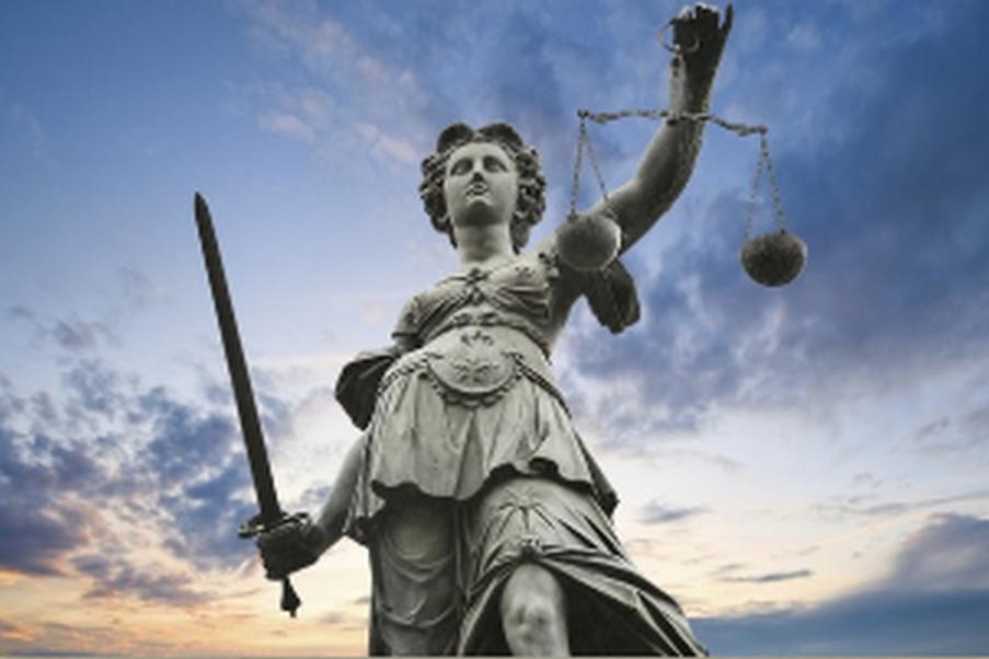 Právník Praha 8 - trestní a pracovní právo