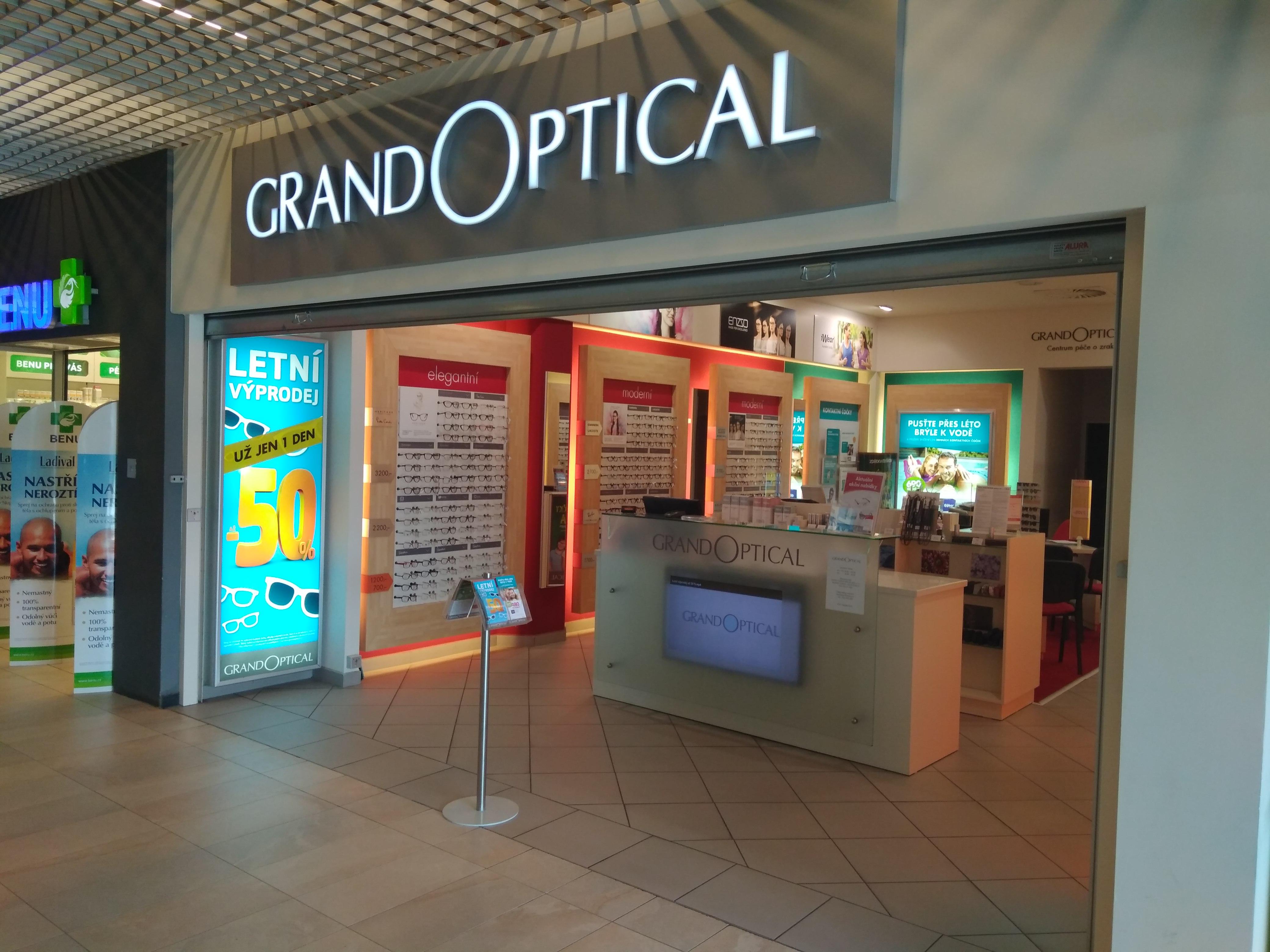 GrandOptical - oční optika OC Elan - fotografie 1/18