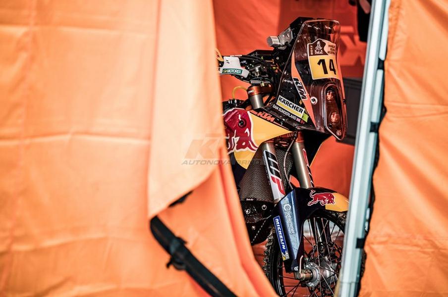 KTM Autonova Brno - fotografie 12/20