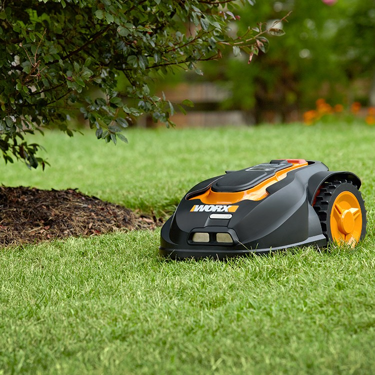 Robotická sekačka WORX Garden Landroid