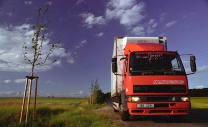 KAMIONSERVIS Praha, a.s. - mezinárodní kamionová přeprava - fotografie 1/23