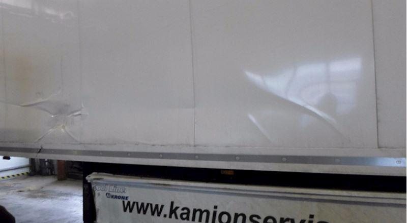 KAMIONSERVIS Praha, a.s. - mezinárodní kamionová přeprava - fotografie 18/23