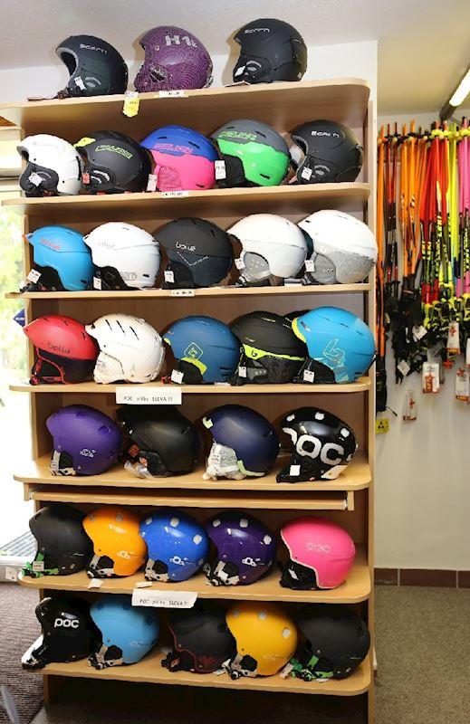 lyžařské přilby Bollé, Salice, Atomic, POC