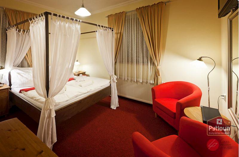 Dvoulůžkový luxusní pokoj