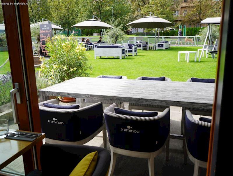 MIMINOO garden restaurant - fotografie 6/14