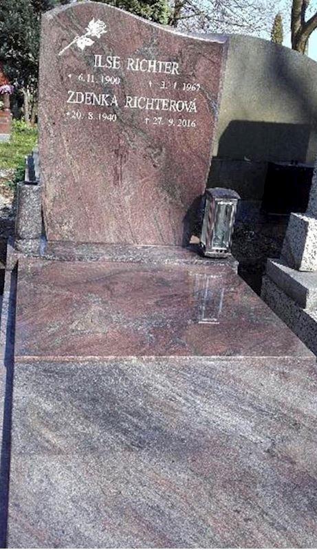 Kamenictví Honzík- pomníkové díly, kamenné parapety, kuchyňské desky Příbram, Dobříš, Březnice - fotografie 49/97