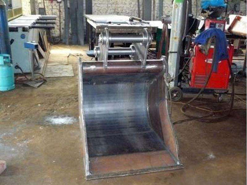 Dimont HDX s.r.o.  - otěruvzdorná ocel HARDOX - fotografie 12/15