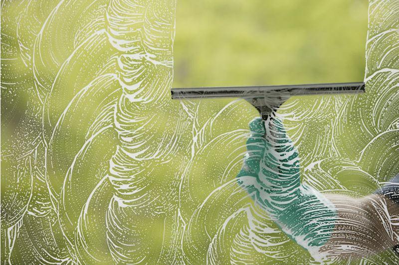 Viktorčistič - čištění koberců, úklid domů, mytí oken - fotografie 2/7