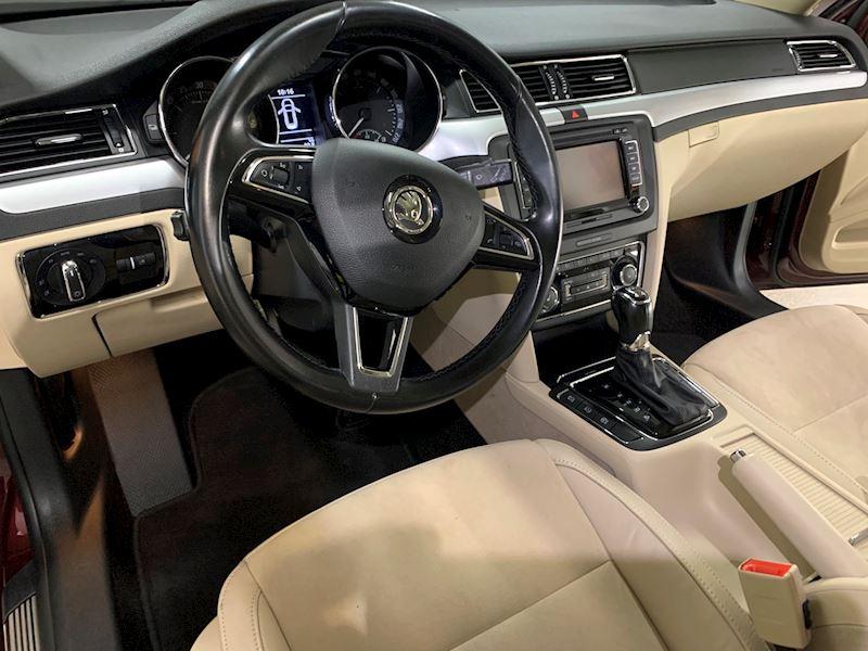 Vyčištění Škoda Superb