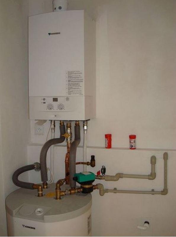 Montáž plynového kotle s ohřevem vody