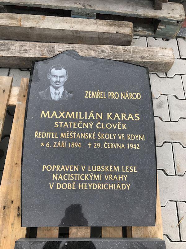 Kamenictví Honzík- pomníkové díly, kamenné parapety, kuchyňské desky Příbram, Dobříš, Březnice - fotografie 93/97
