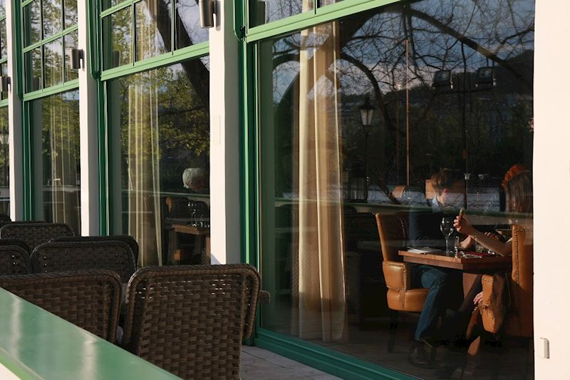 Art Restaurant Mánes - fotografie 11/12