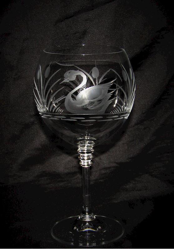 skleničky na víno motiv labuť