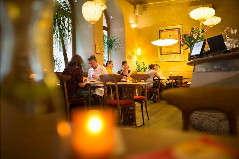 Restaurace Maitrea - vegetariánská restaurace - fotografie 3/15