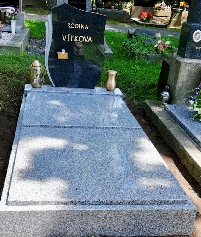 Kamenictví Honzík- pomníkové díly, kamenné parapety, kuchyňské desky Příbram, Dobříš, Březnice - fotografie 47/97