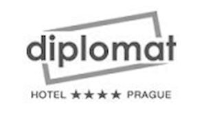 Diplomat****