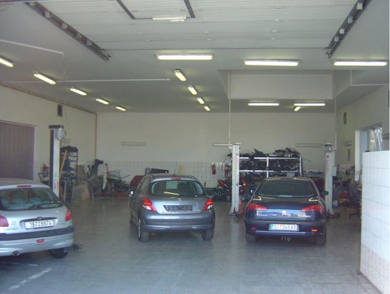 Autoservis Peugeot Jonal, spol. s r.o. - fotografie 15/16