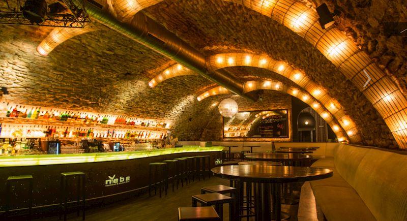 Nebe Cocktail & Music Bar Křemencova - fotografie 1/12