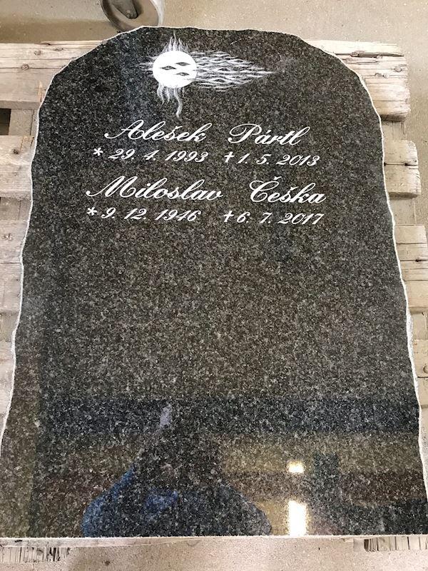 Kamenictví Honzík- pomníkové díly, kamenné parapety, kuchyňské desky Příbram, Dobříš, Březnice - fotografie 92/97