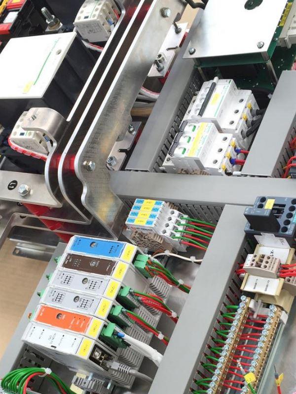 Techco-Electrics ETS s.r.o. - fotografie 8/15