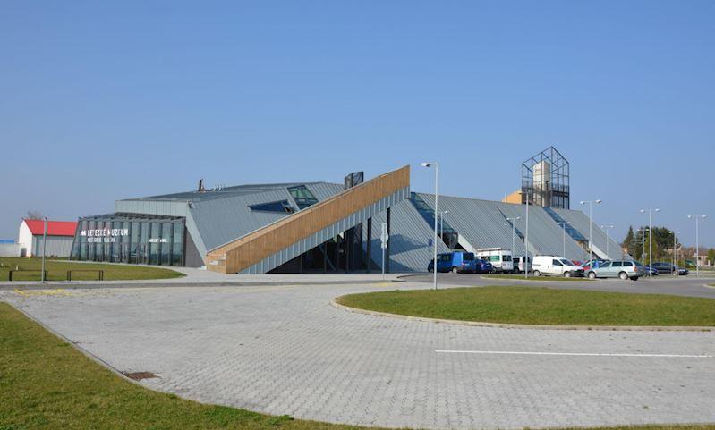 Budova Leteckého muzea Metoděje Vlacha