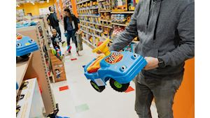 Děti a hračky