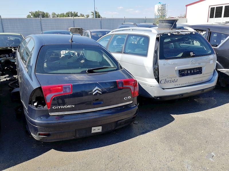 ZEMPRON s.r.o. - autovrakoviště Citroën a Peugeot Třebíč - fotografie 8/23