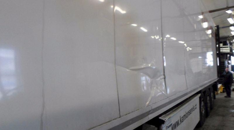 KAMIONSERVIS Praha, a.s. - mezinárodní kamionová přeprava - fotografie 15/23