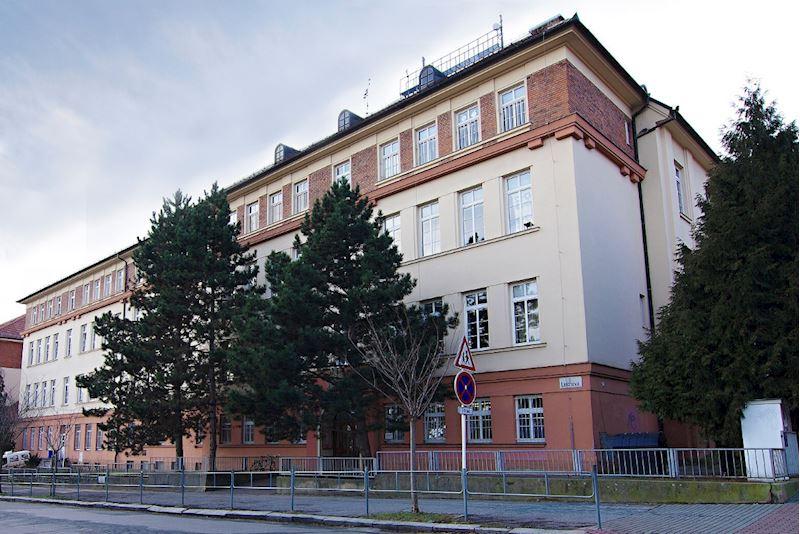 Cyrilometodějská církevní základní škola, Lerchova 65, Brno - fotografie 1/10