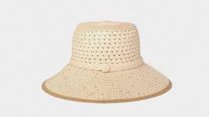 Béžový klobouk s flitry SIX