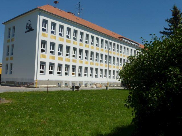 Základní škola Pardubice-Ohrazenice, Trnovská 159 - fotografie 2/10