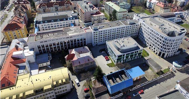 Oblastní nemocnice Mladá Boleslav, a.s., nemocnice Středočeského kraje - fotografie 1/3