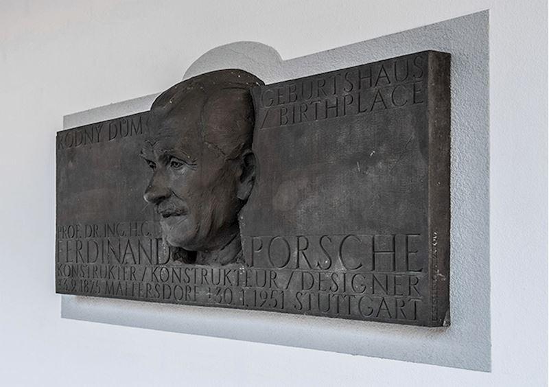 Rodný dům Ferdinanda Porscheho - fotografie 3/9