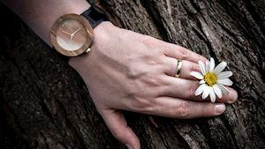 Dřevěné hodinky Jalta