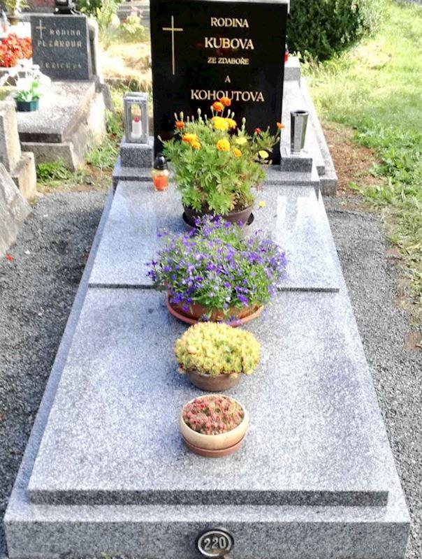 Kamenictví Honzík- pomníkové díly, kamenné parapety, kuchyňské desky Příbram, Dobříš, Březnice - fotografie 46/97