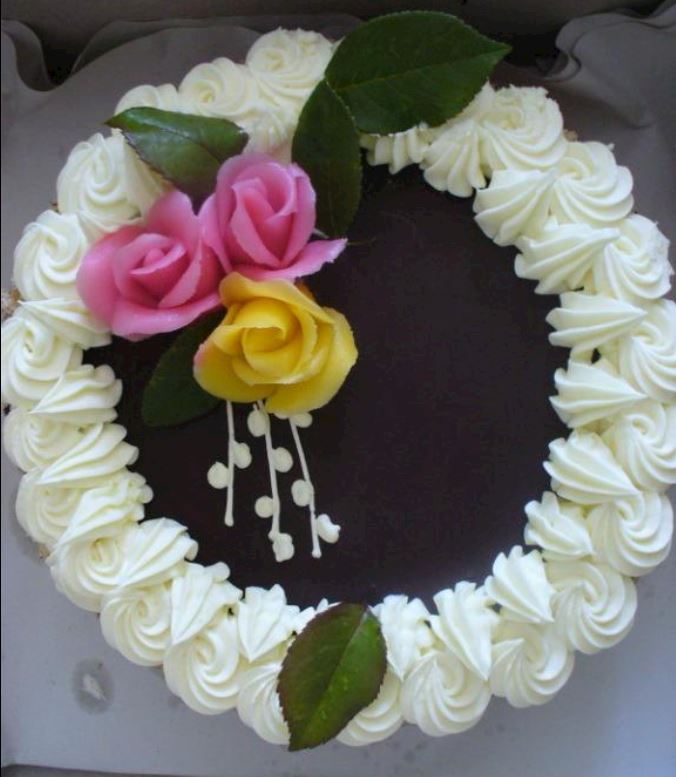 Dort čokoládový zdobený
