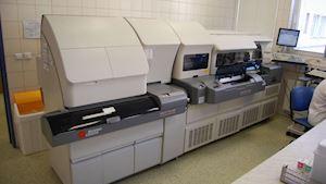 Analyzátor UniCel DxC 860i
