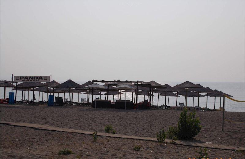 pláž Nea Vrasna