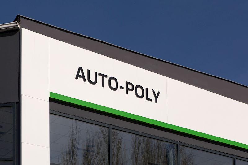 Auto - Poly spol. s r.o. - autorizovaný prodej a servis vozů Škoda a VW užitkové - fotografie 1/9