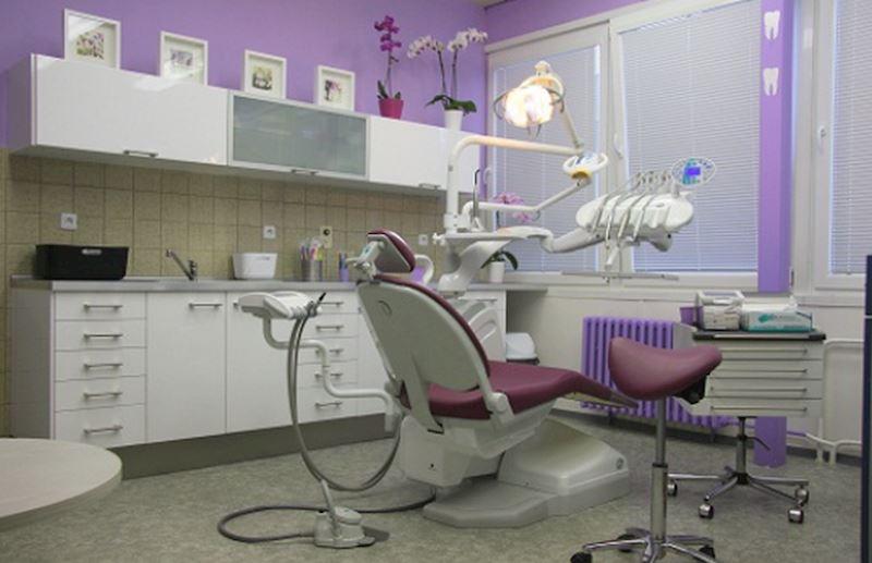 Soukromá zubní ordinace MDDr. Adéla Baštařová - fotografie 1/2