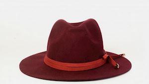 Vínový vlněný klobouk Ystrdy