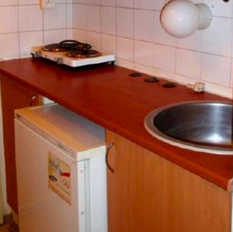 Ubytovna - Domov mládeže Jedovnická 10, Brno–Líšeň - fotografie 9/10
