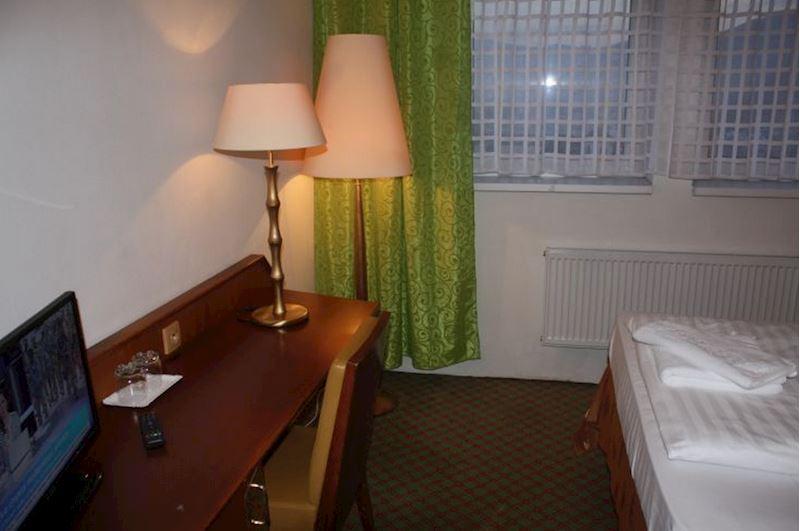 Hotel a pokoje