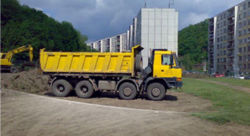 Zemní práce a nákladní autodoprava - Karel Hobza - fotografie 2/5