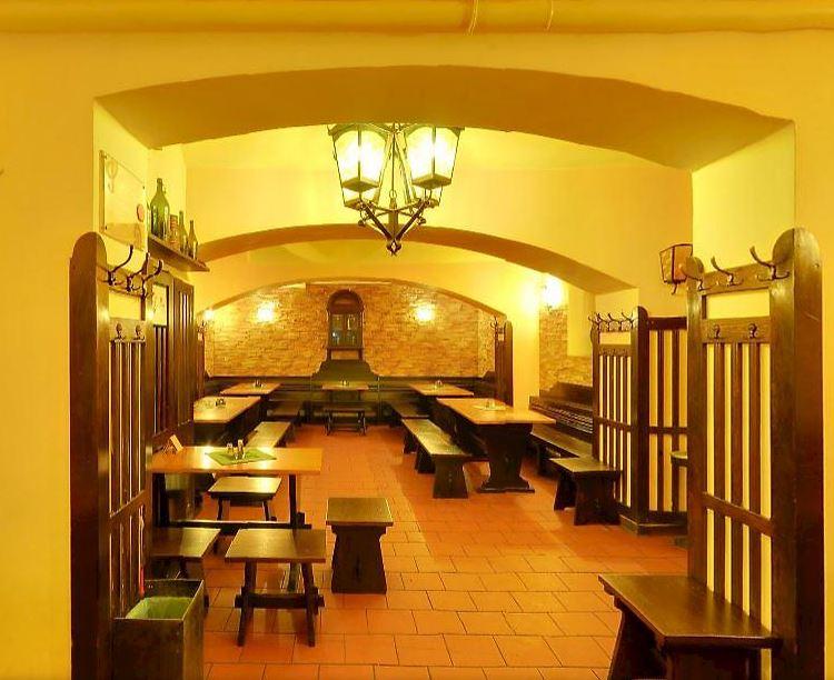 Pivnice a restaurace U Rudolfina, s.r.o. - fotografie 5/6